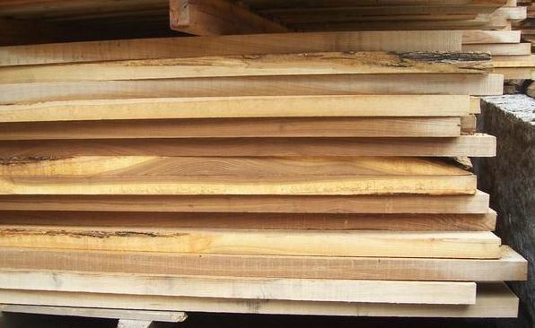 柞木板材市场价格呈现下跌趋势