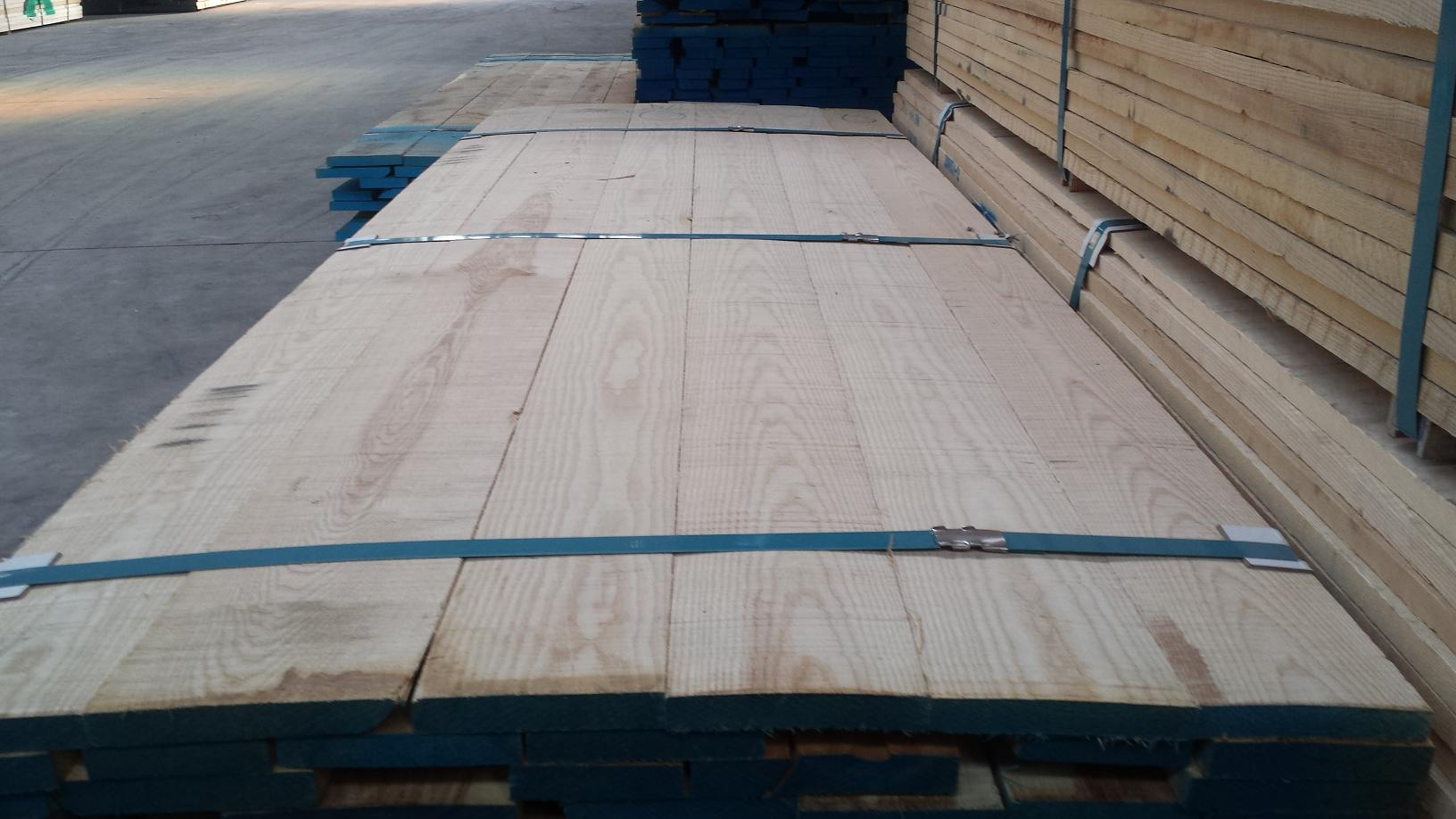 材质:白蜡木(烘干板材)